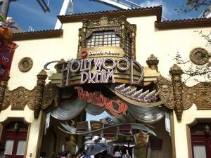 ハリウッドドリーム・ザ・ライドの入り口